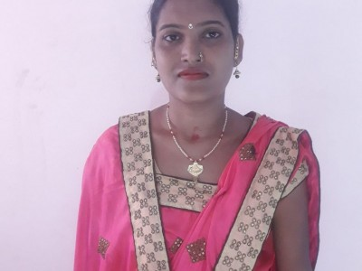 Priyanka, a regular homemaker wants to bring a difference to her financial crisis by starting a shop