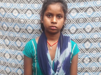 My daughter Kumkum is the daughter of a poor family. And your help is needed for Kumkum's marriage.