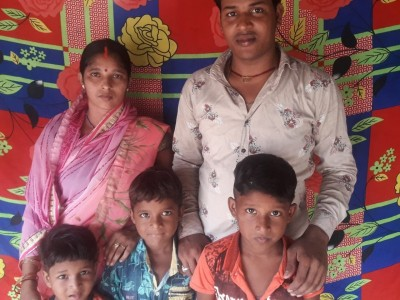 Raj, a daily wager wants to overcome his financial crunch by starting a shop
